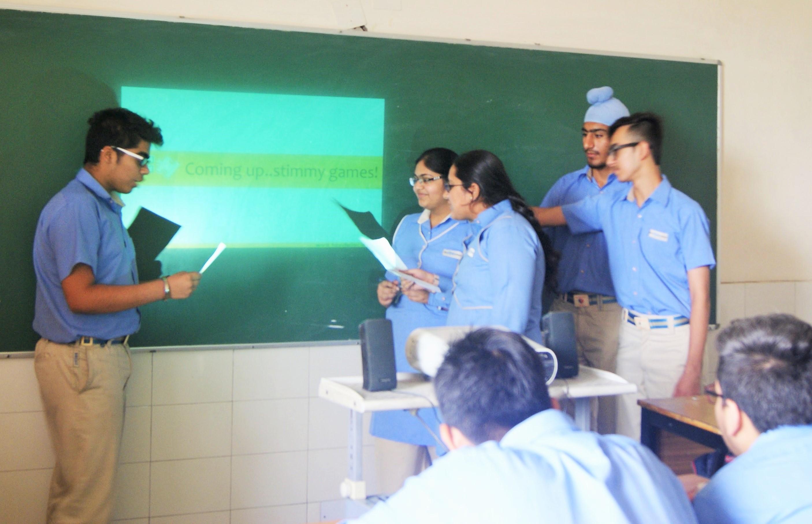 Srijan school students playing stimmy games